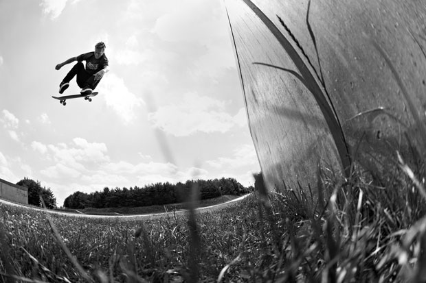 Flip-Skateboards--European-Skate-Tour-Red-Bull-Arto-Saari-Fotos-12