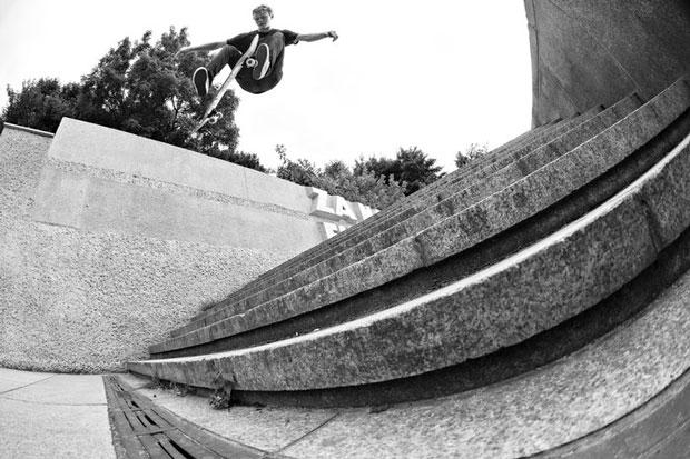 Flip-Skateboards--European-Skate-Tour-Red-Bull-Arto-Saari-Fotos-13
