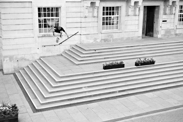Flip-Skateboards--European-Skate-Tour-Red-Bull-Arto-Saari-Fotos-34