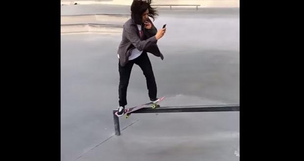 Skateboarding-Selfie
