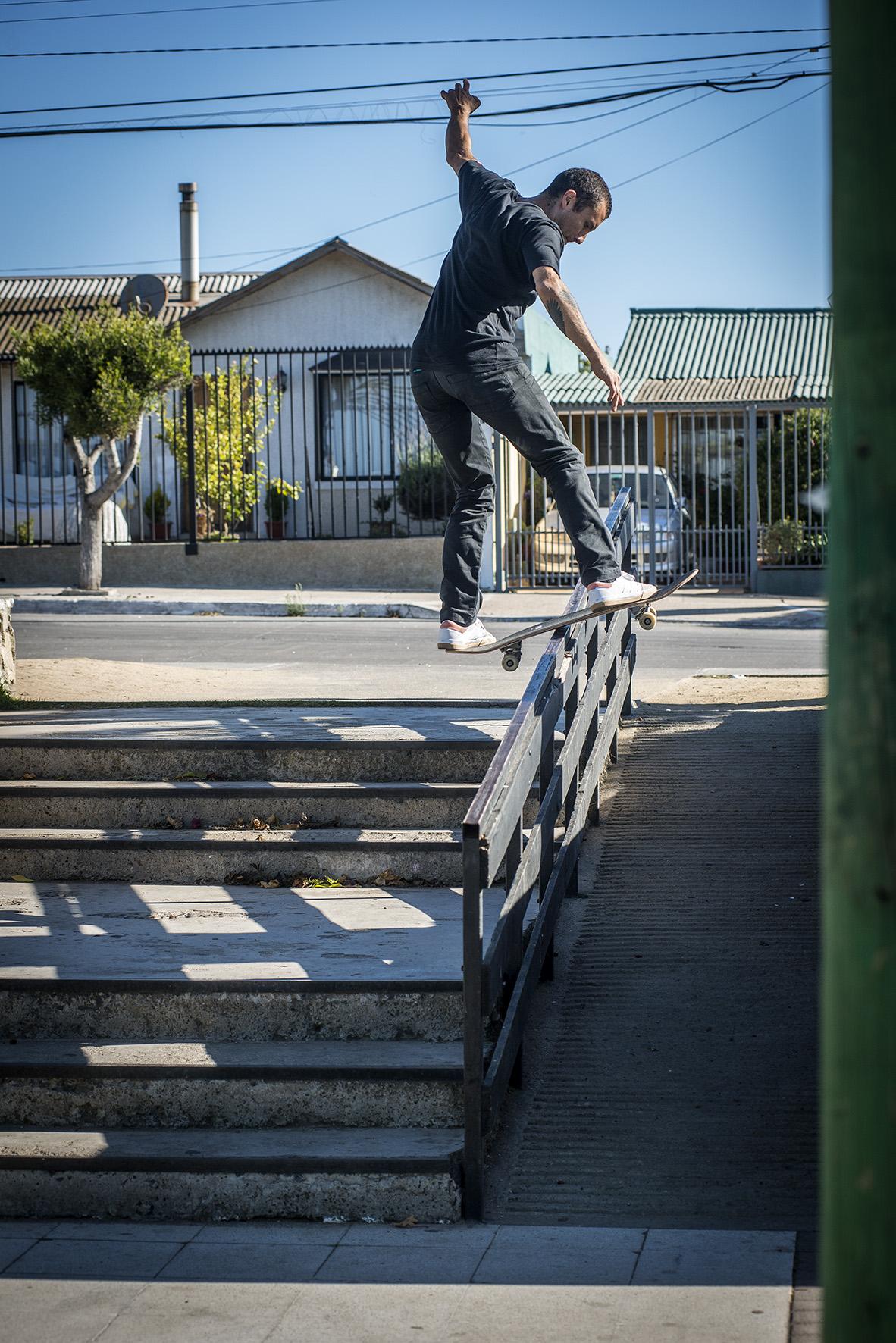 DAWSON_Fs-Boardslide_LLOLLEO